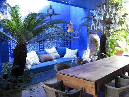 Marvelous La Alboroza outdoor blue room