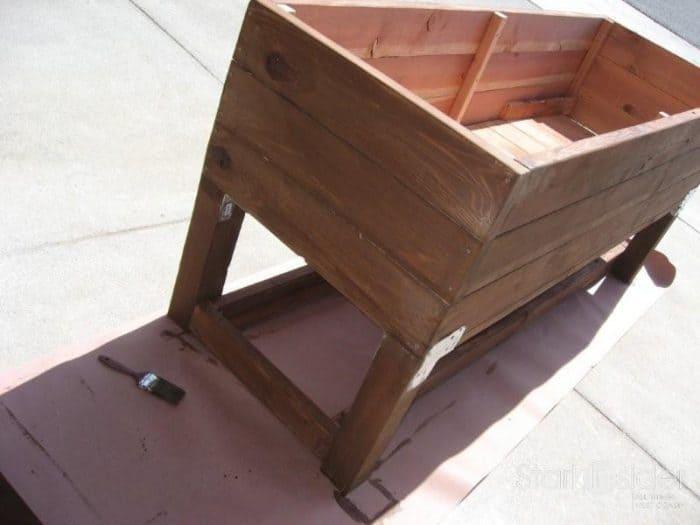 Download DIY vegetable planter box plans